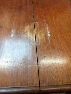krimpscheur en waterschade tafelblad