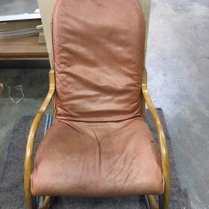 Nonna Rocking chair  na restauratie