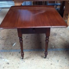Engelse mahonie hangoortafel | Patine meubelrestauratie