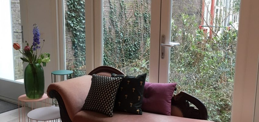 chaise longue in moderne context | Patine meubelrestauratie