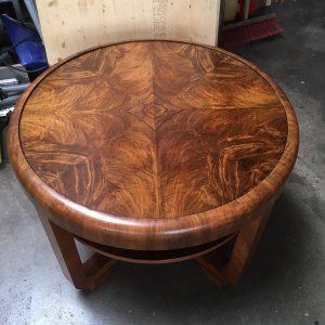 tafelblad noten hout 30e jaren salontafel | Patine meubelrestaratie